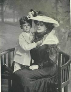 Countess_WarwickSon1906.jpg